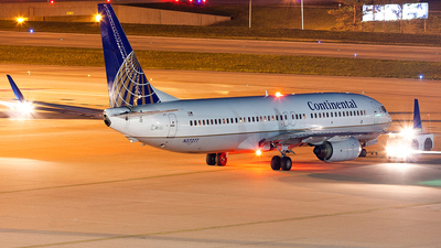 N37277 - Boeing 737-824 - Continental Airlines