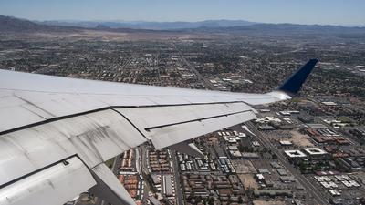 N56859 - Boeing 757-324 - United Airlines