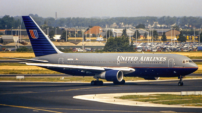 N607UA - Boeing 767-222(ER) - United Airlines