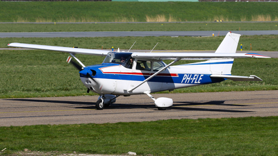 A picture of PHFLE - Cessna F172N Skyhawk - [01553] - © C. v. Grinsven