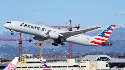 A picture of N827AN - Boeing 7879 Dreamliner - American Airlines - © Rocky Wang