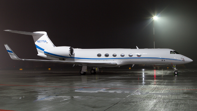 N977SA - Gulfstream G-V - Private
