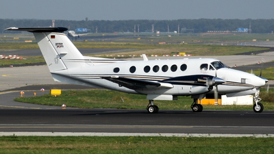 D-IRAR - Beechcraft B200 Super King Air - Private