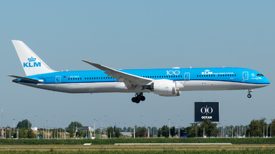 PH-BKG - Boeing 787-10 Dreamliner - KLM Royal Dutch Airlines