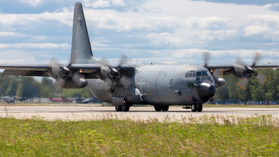 5152 - Lockheed C-130H-30 Hercules - France - Air Force