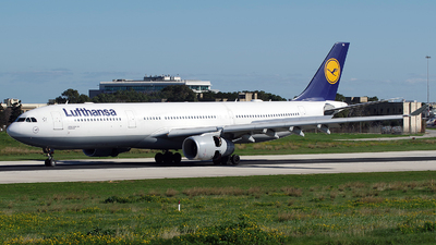 A picture of DAIKL - Airbus A330343 - Lufthansa - © Buzu