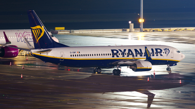 A picture of EIDWY - Boeing 7378AS - Ryanair - © Thomas Ranner