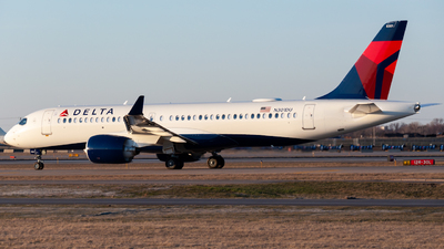 A picture of N301DU - Airbus A220300 - Delta Air Lines - © Drew Johnson