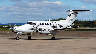 LN-FIX - Beechcraft B200 Super King Air - Airwing