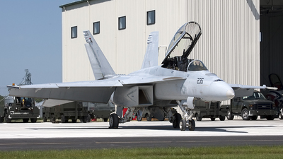 166458 - Boeing F/A-18F Super Hornet - United States - US Navy (USN)