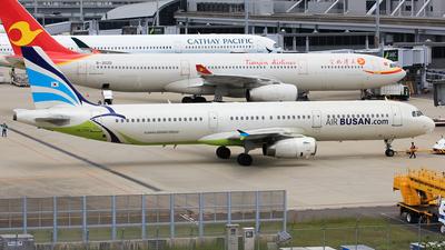 HL7711 - Airbus A321-231 - Air Busan