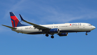 A picture of N843DN - Boeing 737932(ER) - Delta Air Lines - © Sebastian Lugo