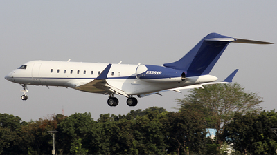 A picture of N939AP - Bombardier Global 5000 - [9180] - © DeoSimatupang