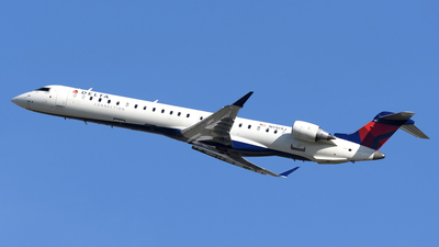 N910XJ - Bombardier CRJ-900ER - Delta Connection (Endeavor Air)