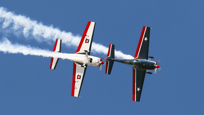 2 - Extra 300L - Chile - Air Force