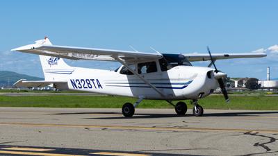 A picture of N328TA - Cessna 172S Skyhawk SP - [172S9328] - © Taylor Kim