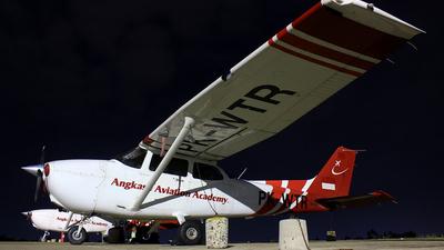 PK-WTR - Cessna 172S Skyhawk - Angkasa Aviation Academy