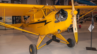 TF-KAP - Piper J-3C-65 Cub - Private