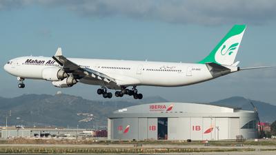 A picture of EPMME - Airbus A340642 - Mahan Air - © Carlos Febles Escuela