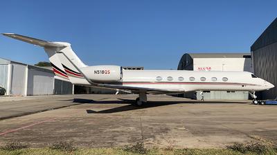 A picture of N518QS - Gulfstream G550 - NetJets - © Thiago Almeida Denz