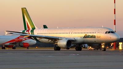 A picture of EIDTJ - Airbus A320216 - Alitalia - © Mario Alberto Ravasio - AviationphotoBGY
