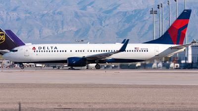 N3751B - Boeing 737-832 - Delta Air Lines