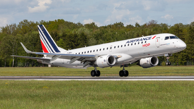 A picture of FHBLL - Embraer E190STD - Air France - © vwmatze