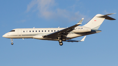 C-GLXM - Bombardier BD-700-1A10 Global Express - Private