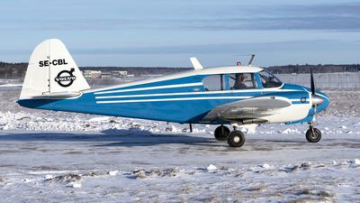 SE-CBL - Piper PA-23-150 Apache B - Västerås flygmuseum