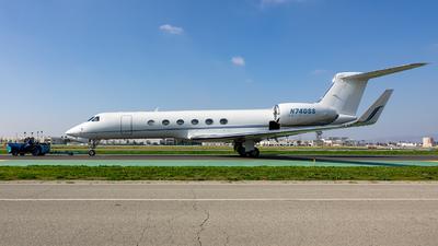 N740SS - Gulfstream G-V - Private