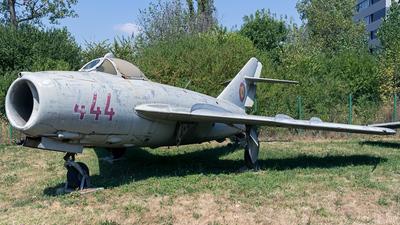444 - Mikoyan-Gurevich Mig-17F Fresco - Romania - Air Force