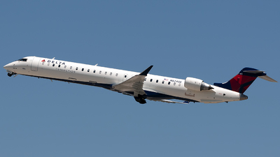 N824SK - Bombardier CRJ-900ER - Delta Connection (SkyWest Airlines)