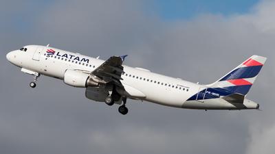 A picture of PRMHK - Airbus A320214 - LATAM Airlines - © danilosantos