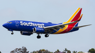 N942WN - Boeing 737-7H4 - Southwest Airlines