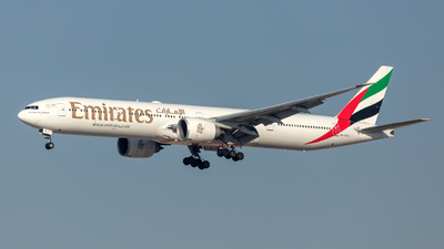 A6-EPJ - Boeing 777-31HER - Emirates