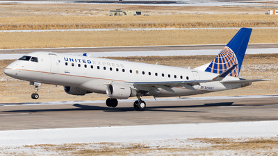 A picture of N139SY - Embraer E175LR - United Airlines - © HA-KLS