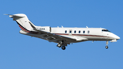 C-GUHA - Bombardier BD-100-1A10 Challenger 350 - NetJets Europe