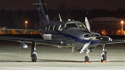 N8064Q - Piper PA-46-M350 - Private