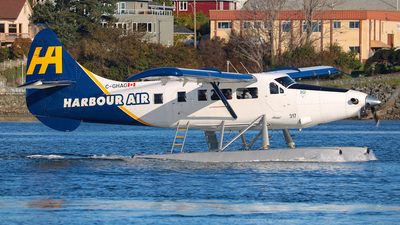 C-GHAG - De Havilland Canada DHC-3T Vazar Turbine Otter - Harbour Air