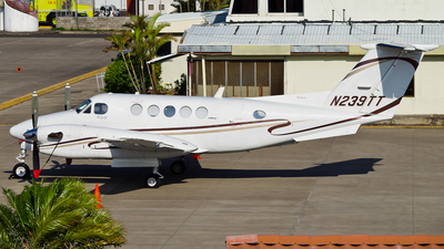 N239TT - Beechcraft 300LW Super King Air - Private