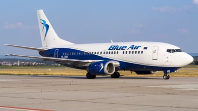 YR-AMB - Boeing 737-530 - Blue Air