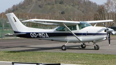 OO-MDA - Cessna R182 Skylane RG II - Private