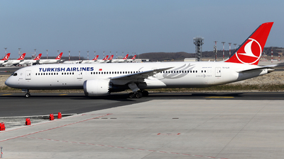 A picture of TCLLA - Boeing 7879 Dreamliner - Turkish Airlines - © Firat Cimenli