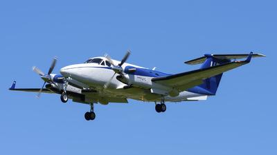 N858UP - Beechcraft B300 King Air 350 - Wheels Up