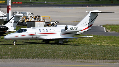 A picture of N22UB - Cessna 525C CitationJet CJ4 - [525C0182] - © LukasAndreas