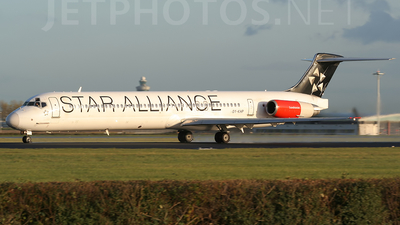 OY-KHP - McDonnell Douglas MD-82 - Scandinavian Airlines (SAS)