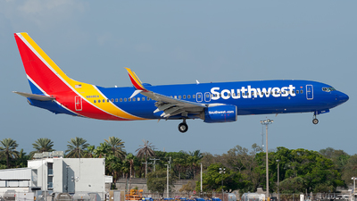 A picture of N8686A - Boeing 7378H4 - Southwest Airlines - © Mark Lawrence