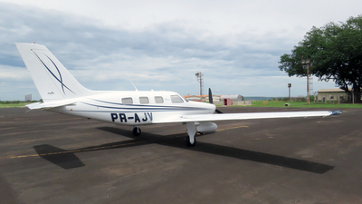 PR-AJV - Piper PA-46R-350T Matrix - Private