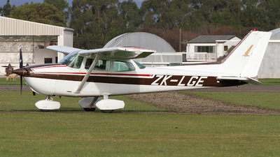 ZK-LGE - Cessna 172P Skyhawk II - Private