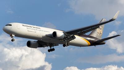 N337UP - Boeing 767-34AF(ER) - United Parcel Service (UPS)